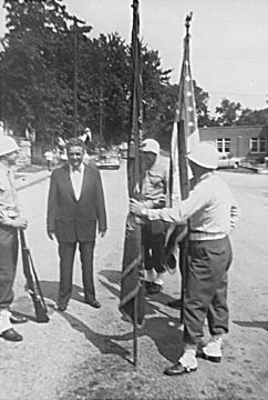 Gov. Lausche and Color Guard.